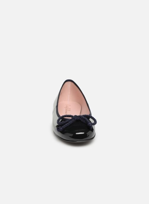 Ballerines Pretty Ballerinas 35663 Bleu vue portées chaussures
