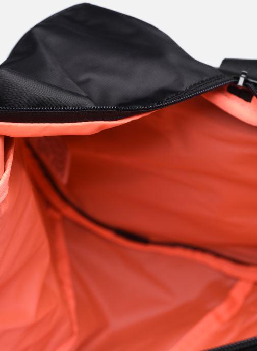 Sporttaschen Puma AT ESS BARREL BAG schwarz ansicht von hinten
