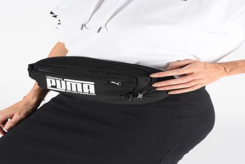 Petite Maroquinerie Puma SOLE WAIST BAG Noir vue bas / vue portée sac