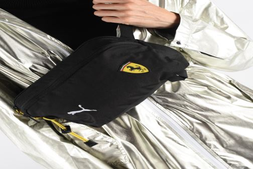 Wallets & cases Puma SF FANWEAR WAIST BAG Black view from underneath / model view