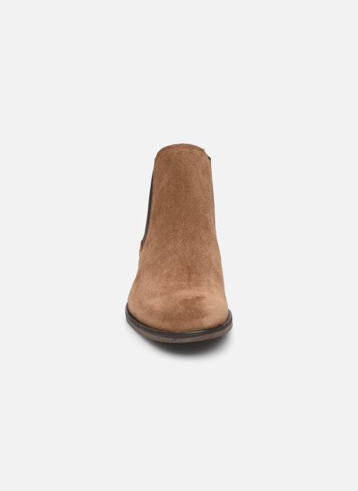 Bottines et boots Selected Homme SLHLOUIS SUEDE CHELSEA BOOT B Marron vue portées chaussures