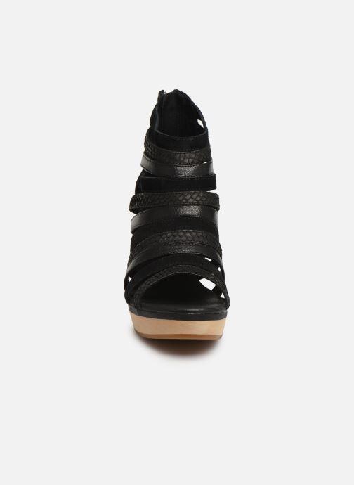 Sandales et nu-pieds Flipflop kumari Noir vue portées chaussures