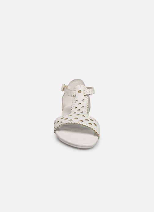 Sandalen Flipflop maya weiß schuhe getragen