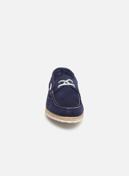 Scarpe con lacci TBS Macaron Azzurro modello indossato
