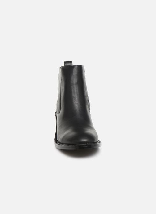 Bottines et boots Chattawak BIANCA Noir vue portées chaussures