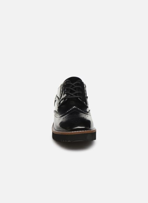 Zapatos con cordones Chattawak CARLA Negro vista del modelo