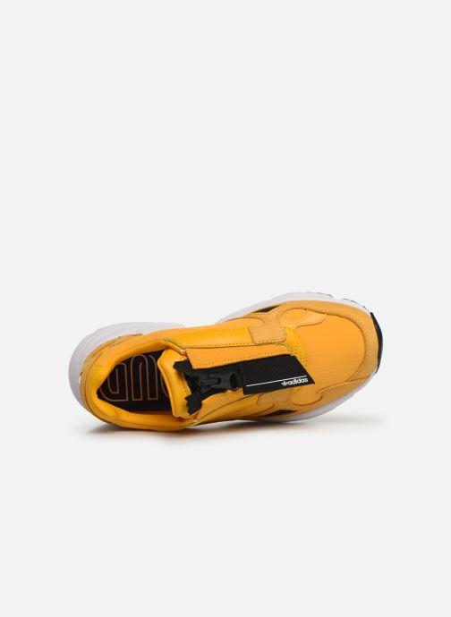Sneakers adidas originals Falcon Zip W Gul se fra venstre