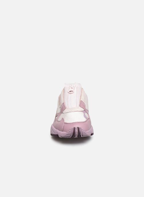 Baskets adidas originals Falcon Zip W Violet vue portées chaussures