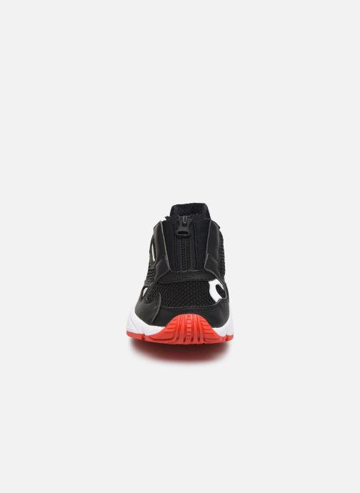 Sneaker adidas originals Falcon Zip W schwarz schuhe getragen