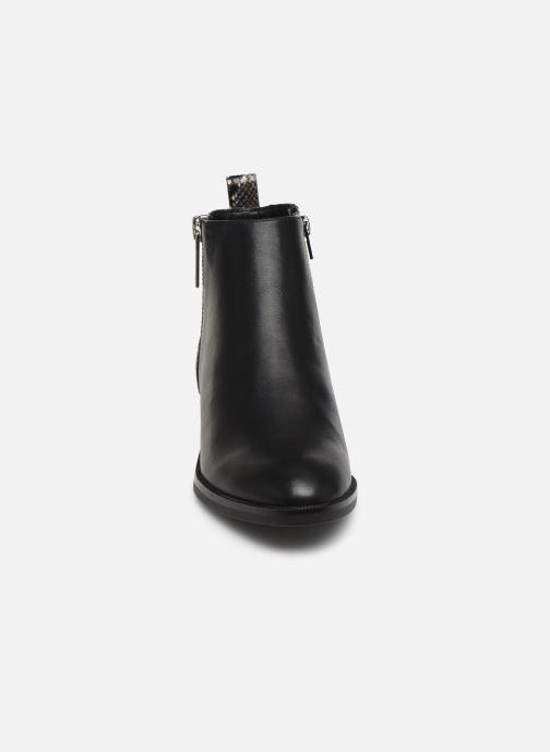 Bottines et boots ONLY ONLBRIGHT  STRUCTURE  PU BOOTIE 15184292 Noir vue portées chaussures