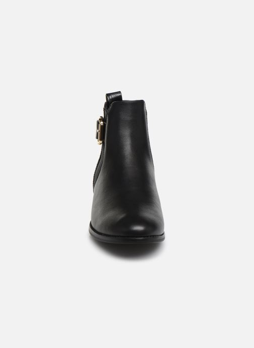 Bottines et boots ONLY ONLBOBBY  ELASTIC BUCKLE  BOOTIE Noir vue portées chaussures