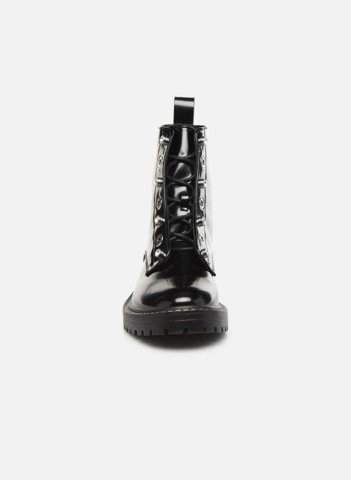 Bottines et boots ONLY ONLBOLD  LACE UP  PATENT  BOOTIE 15184270 Noir vue portées chaussures