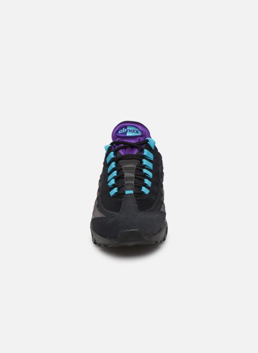 Baskets Nike Nike Air Max 95 Lv8 Multicolore vue portées chaussures