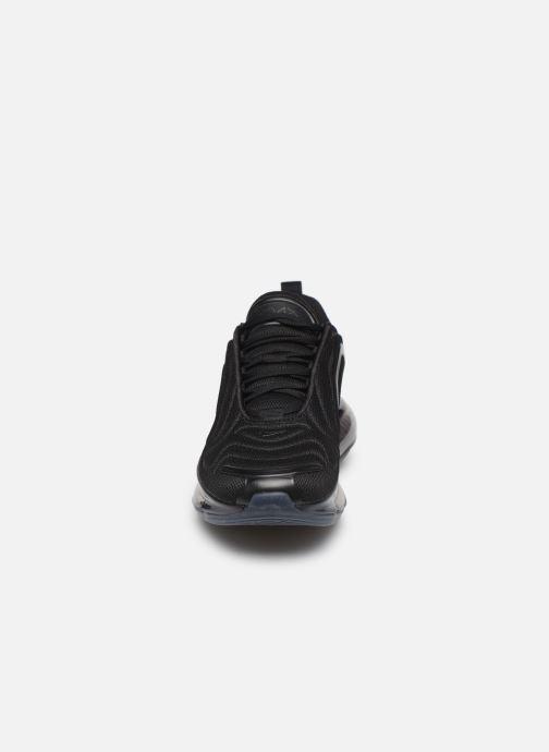 Sneaker Nike W Air Max 720 schwarz schuhe getragen
