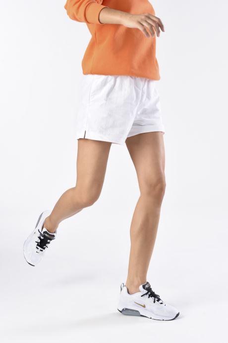 Baskets Nike W Air Max 200 Blanc vue bas / vue portée sac