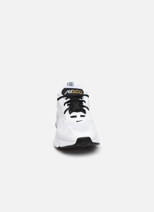 Baskets Nike W Air Max 200 Blanc vue portées chaussures