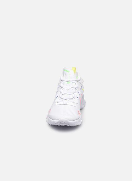 Baskets Nike Nike React Element 55 Blanc vue portées chaussures
