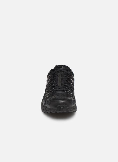 Baskets Nike Nike P-6000 Noir vue portées chaussures