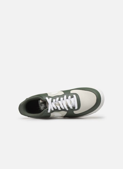 Baskets Nike Air Force 1 '07 1 Vert vue gauche