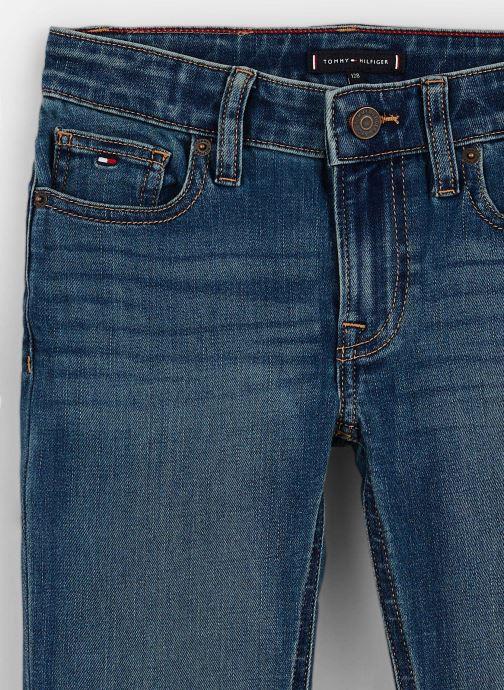 Vêtements Tommy Hilfiger Scanton Slim Bleu vue portées chaussures