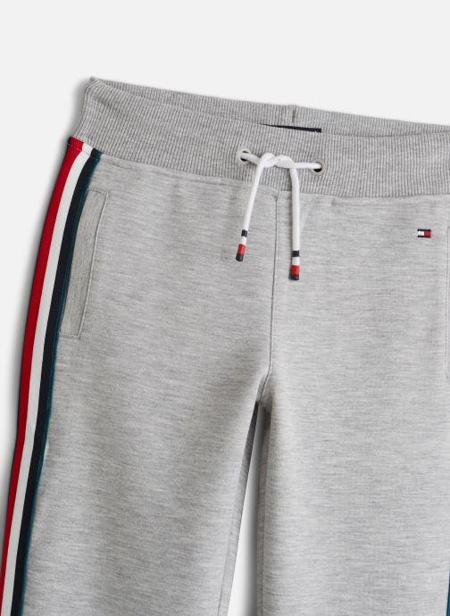 Vêtements Tommy Hilfiger Global Stripe Tape Gris vue portées chaussures