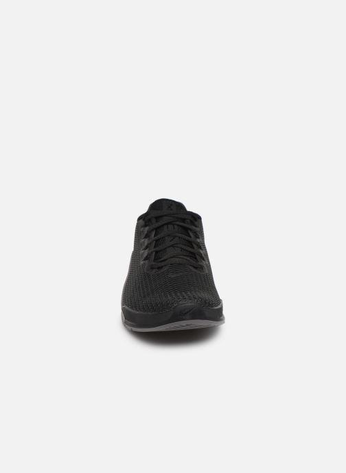 Chaussures de sport Nike Nike Metcon 5 Noir vue portées chaussures