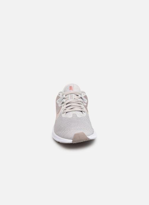 Chaussures de sport Nike Wmns Nike Downshifter 9 Gris vue portées chaussures