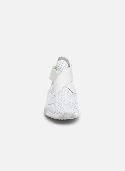 Chaussures de sport Nike Wmns Nike Zoom Elevate 2 Gris vue portées chaussures