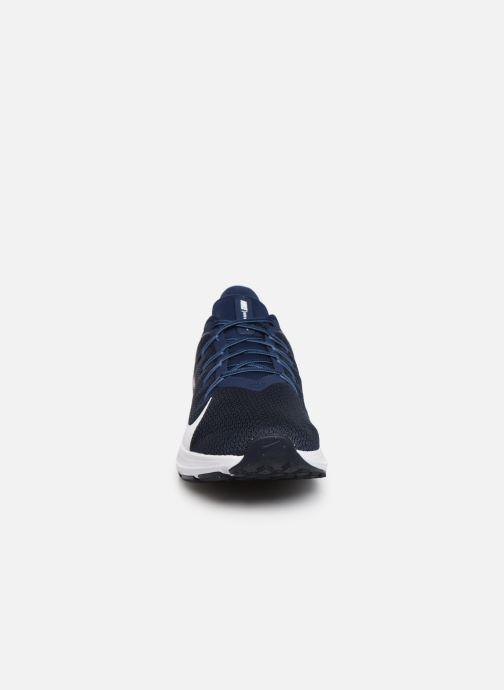 Chaussures de sport Nike Nike Quest 2 Bleu vue portées chaussures
