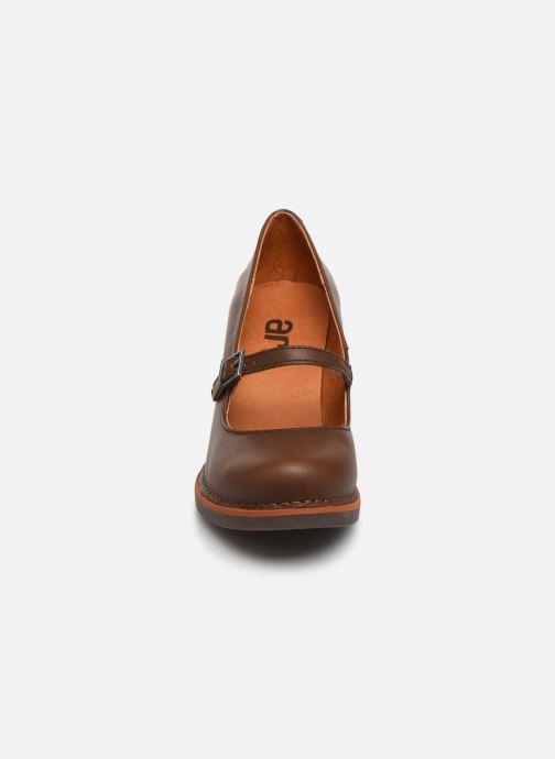Escarpins Art GRAN VIA 1144 Marron vue portées chaussures