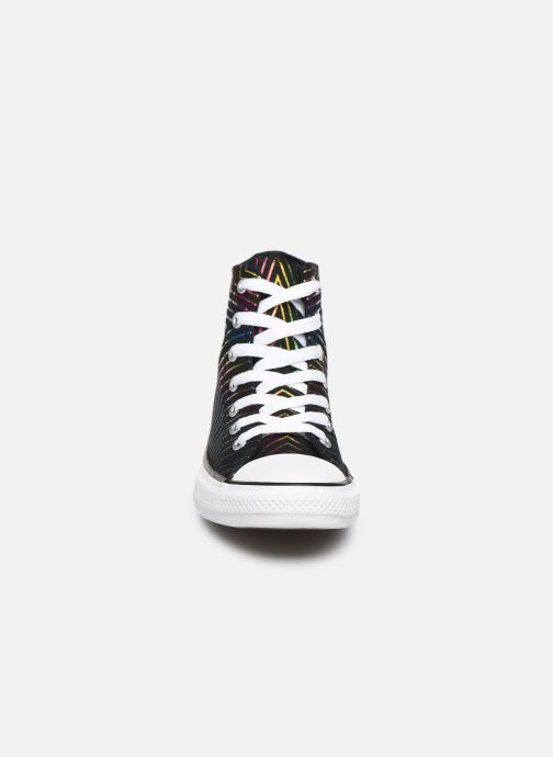 Baskets Converse Chuck Taylor All Star All Of The Stars Hi Noir vue portées chaussures