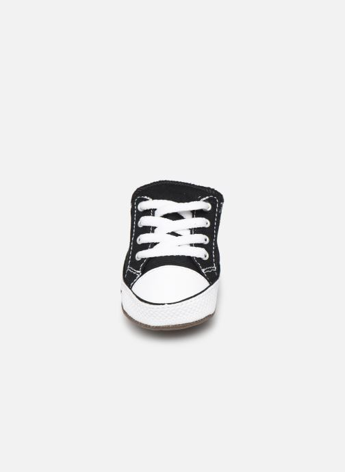 Sneakers Converse Chuck Taylor All Star Cribster Canvas Mid Sort se skoene på