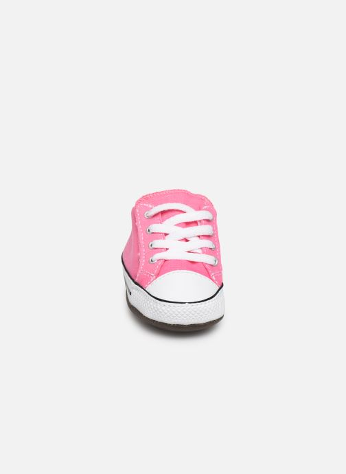 Baskets Converse Chuck Taylor All Star Cribster Canvas Mid Rose vue portées chaussures