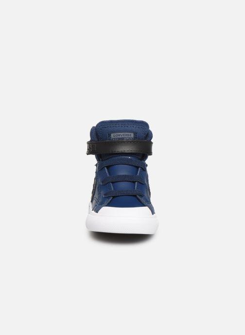 Sneakers Converse Pro Blaze Strap Martian Hi E Azzurro modello indossato