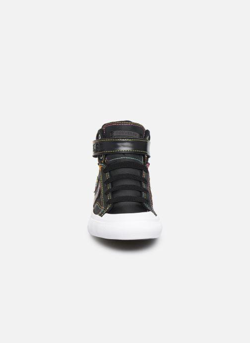 Baskets Converse Pro Blaze Strap Rainbow Stitch Hi J Noir vue portées chaussures