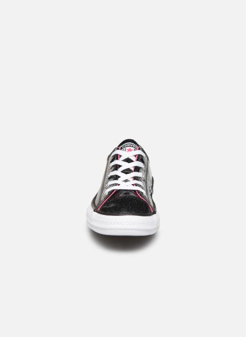 Sneakers Converse Chuck Taylor All Star Galaxy Glimmer Ox Nero modello indossato
