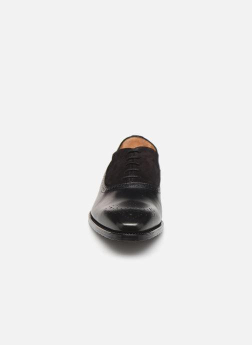 Zapatos con cordones Marvin&Co Luxe Cogane - Cousu Goodyear Negro vista del modelo