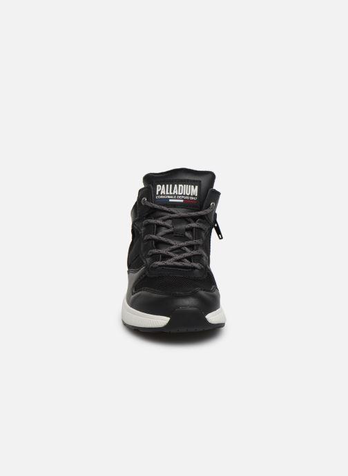 Baskets Palladium Ax_Eon Army R Mid S Noir vue portées chaussures