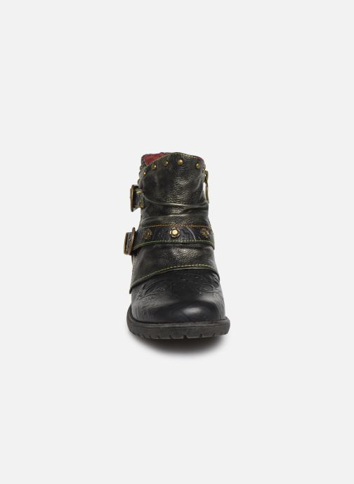 Ankle boots Laura Vita GACMAYO 01 Black model view