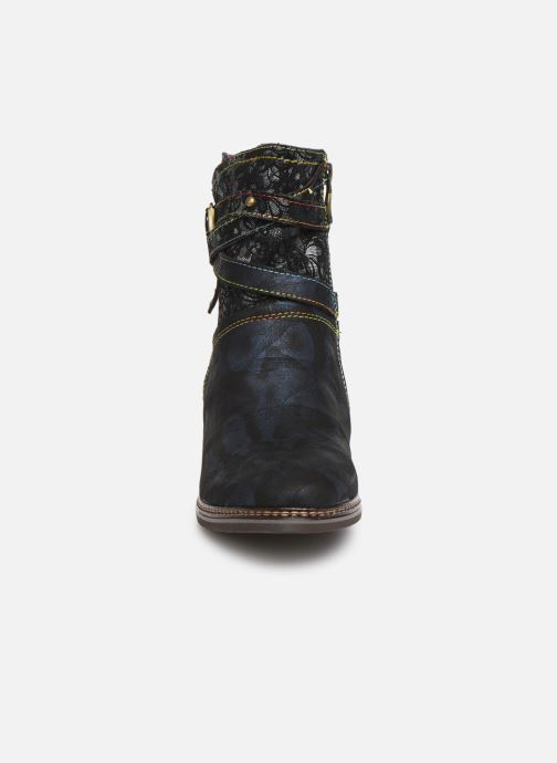 Bottines et boots Laura Vita GACGAO 05 Bleu vue portées chaussures