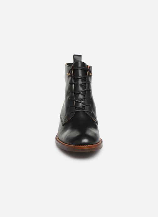 Bottines et boots Schmoove Woman Candide Desert Boots Noir vue portées chaussures