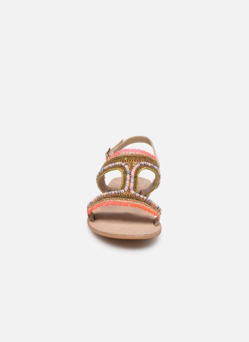 Sandali e scarpe aperte Initiale Paris Malicia Oro e bronzo modello indossato