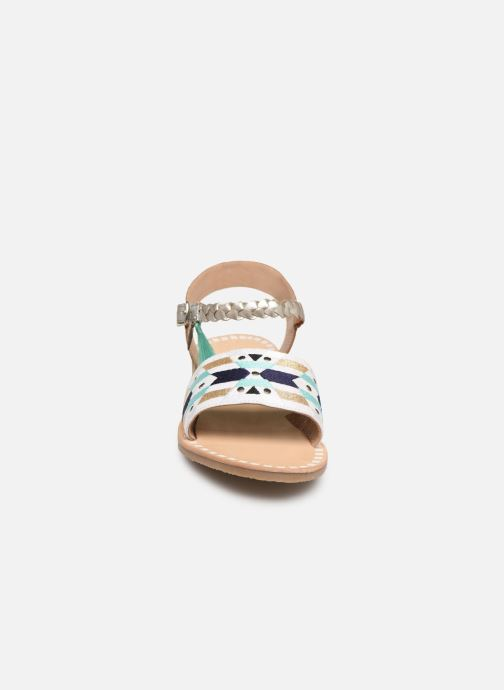 Sandales et nu-pieds Initiale Paris Navya Argent vue portées chaussures