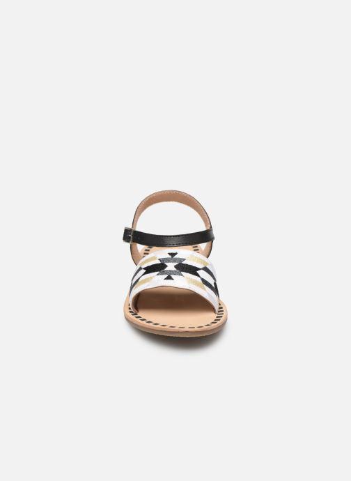 Sandali e scarpe aperte Initiale Paris Ninon Nero modello indossato
