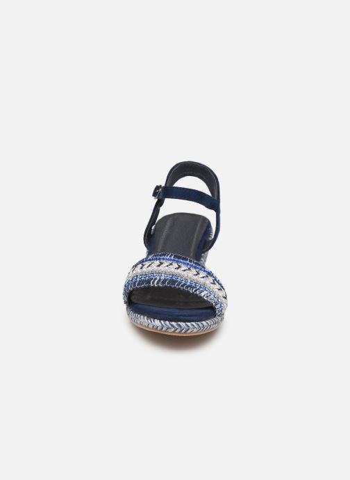 Sandales et nu-pieds Initiale Paris Tami Bleu vue portées chaussures