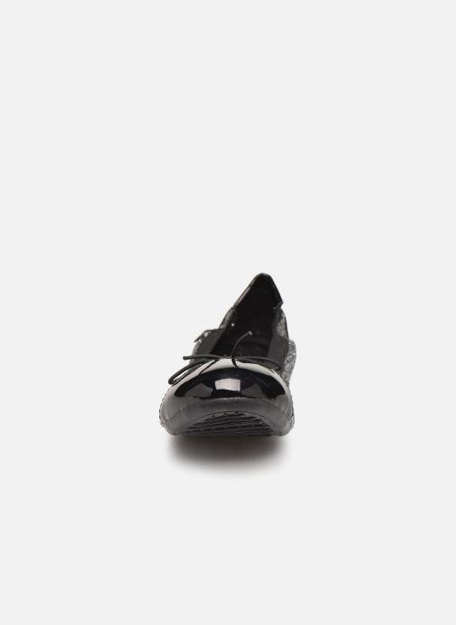 Ballerines Initiale Paris Shijeki Argent vue portées chaussures