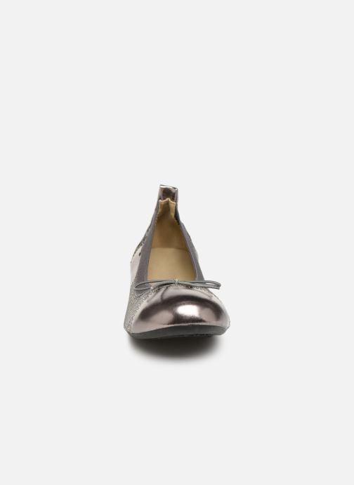 Ballerines Initiale Paris Stars Argent vue portées chaussures