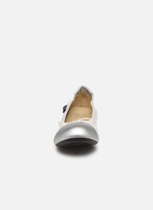Ballerines Initiale Paris Stars Blanc vue portées chaussures
