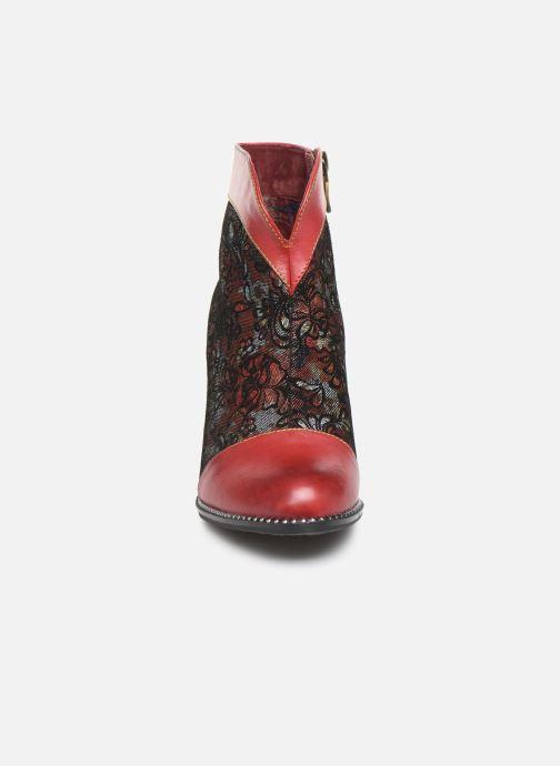 Stivaletti e tronchetti Laura Vita ALCBANEO 039 Rosso modello indossato