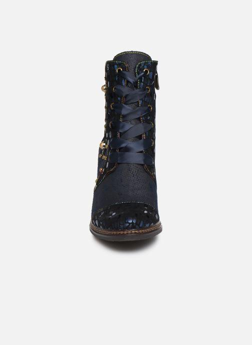 Bottines et boots Laura Vita ELCEAO 03 Bleu vue portées chaussures